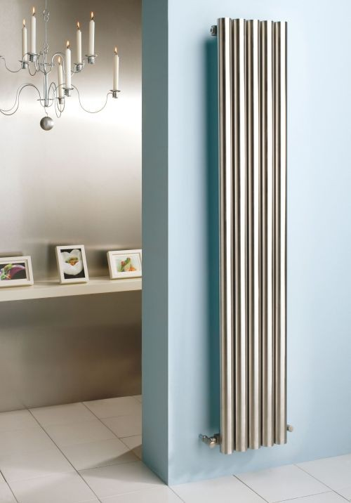Mistral design radiator voor de badkamer, slaapkamer, woonkamer en hal