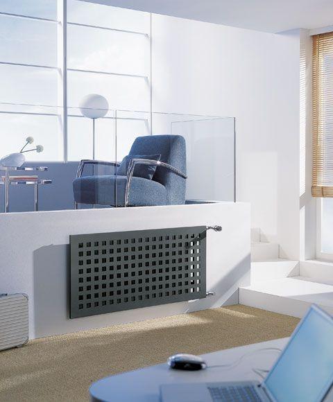 Een minimalistische radiator met vierkante accenten.