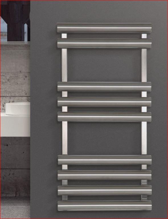 RVS design radiator Tron voor het drogen van handdoeken