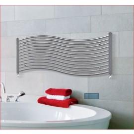Designradiator voor handdoeken Onda in wit en chroom